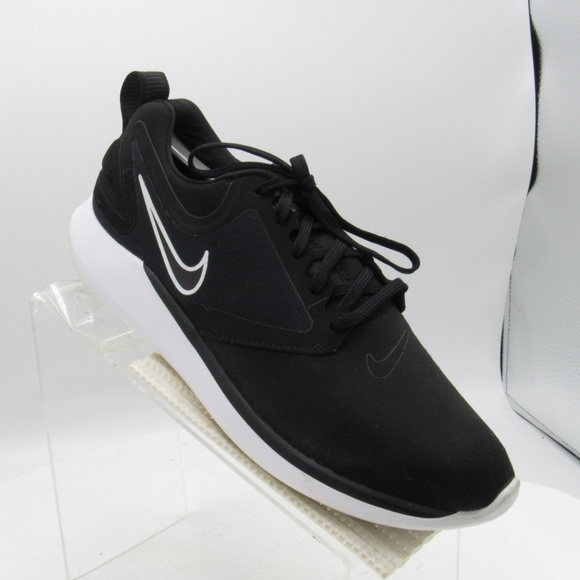 Nike Other - Nike Lunarsolo AA4079-001 Size 9 Running Shoes